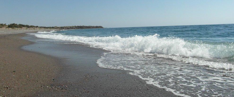 Dovolená Rhodos - liduprázdná pláž