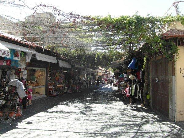 Ulice ve starém Rhodosu