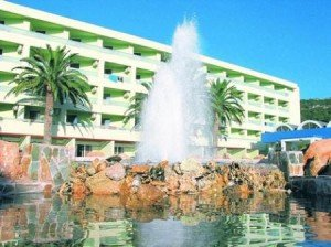 Avra Beach Resort