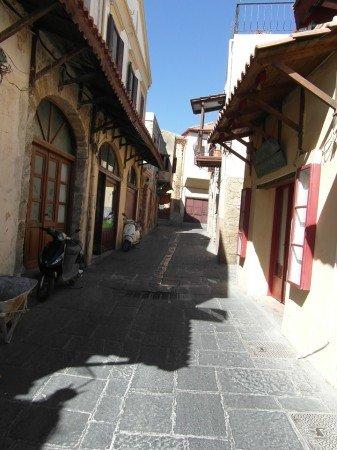 Úzké uličky starého města Rhodos